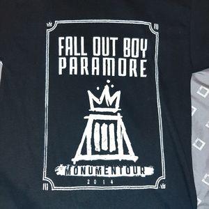 Fall Out Boy Paramore Monumentour 2014 Tshirt